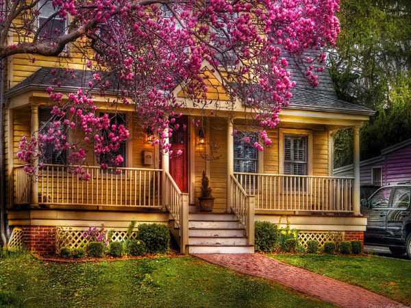 springhouse 27 Elegant Exterior House Color Ideas