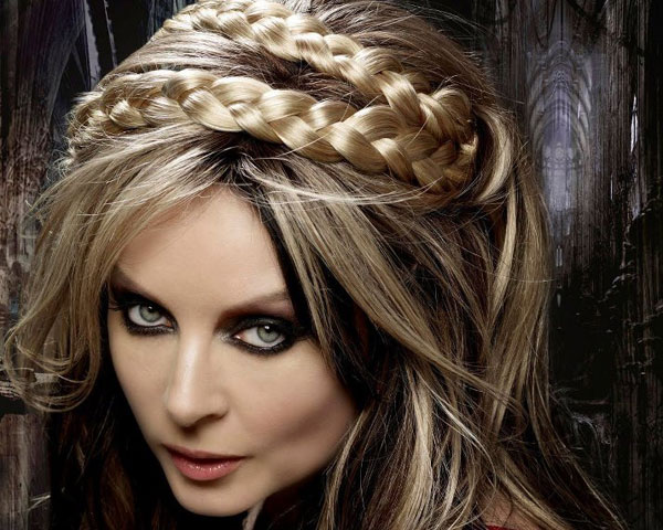 sarah brightman 25 Unbelievable Fancy Hairstyles For Long Hair