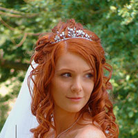 24 Encouraging Hairstyles For Brides