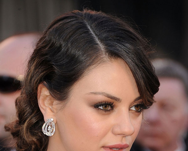 27 mila kunis hairstyles slodive curled updo pmusecretfo Image collections