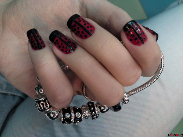 Lady Bug Nails
