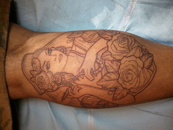 outline 22 Adorable Nurse Tattoos