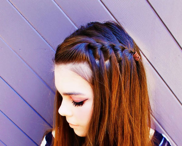 waterfall braid 25 Royal Side Braid Hairstyles