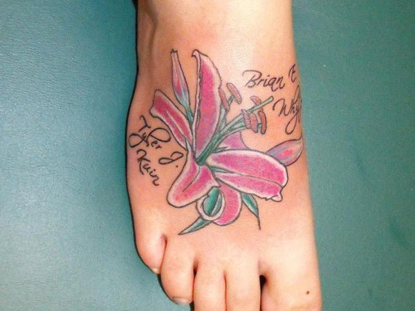 tiger lily 24 Stargazer Lily Tattoos Which Are Completely Different