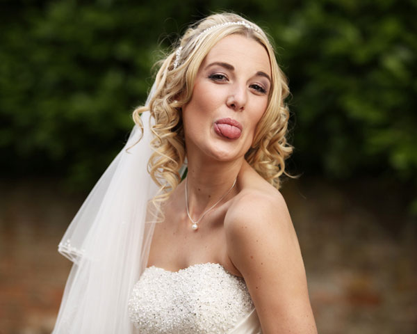 funnypics 26 Sweet Curly Wedding Hairstyles