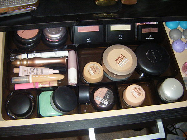 Sturdy Makeup Packer Kit