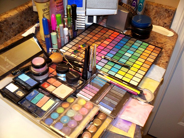 Makeup Kit Wow Idea