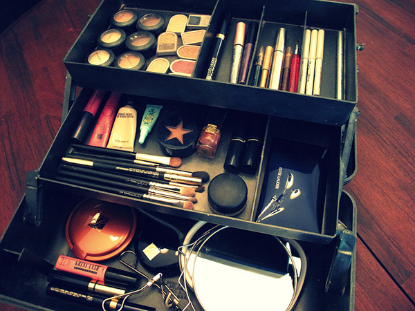 Makeup Teen Container