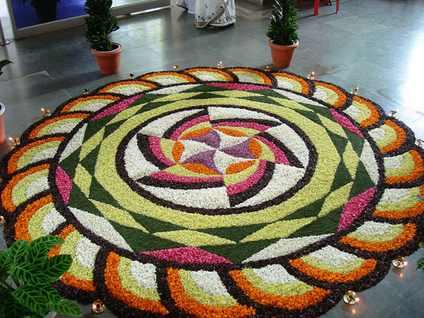 circled flower 32 Encouraging Rangoli Designs
