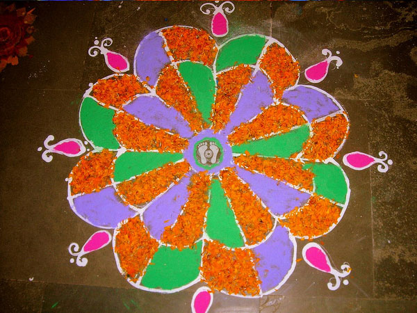 devine 32 Encouraging Rangoli Designs