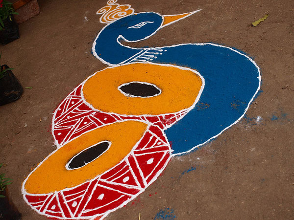 drum 32 Encouraging Rangoli Designs