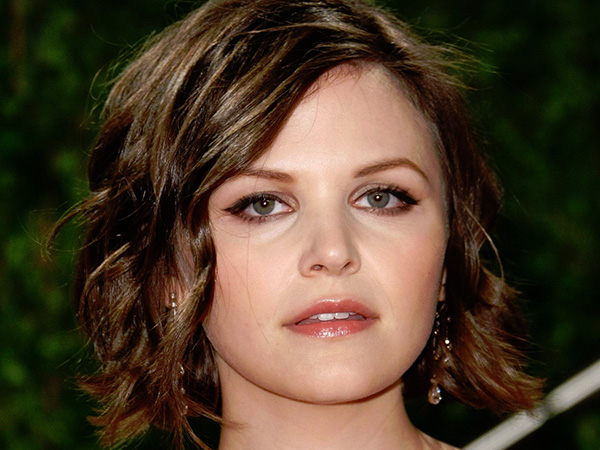 24 Short Hairstyles For Women With Round Faces To Die For
