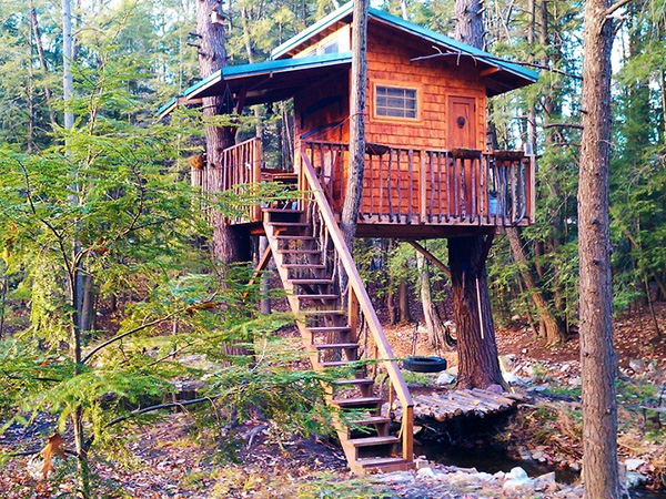 Simple Tree Houses 26 amazing tree houses which are memorable - slodive