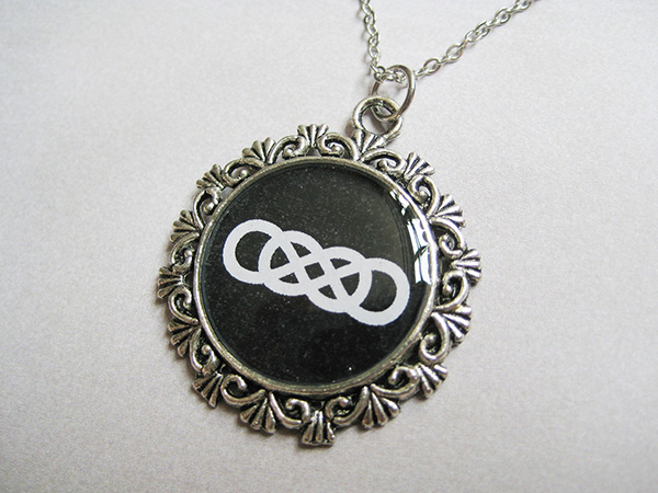 double infinity fashion 28 Memorable Double Infinity Symbol Designs