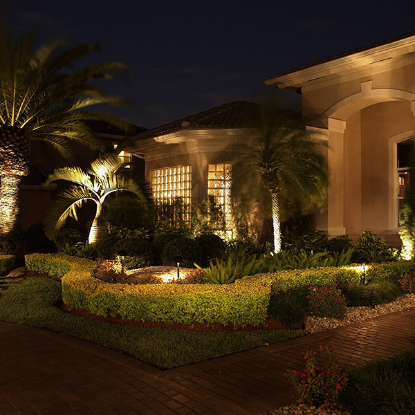 24 Awesome Landscape Lighting Ideas - SloDive