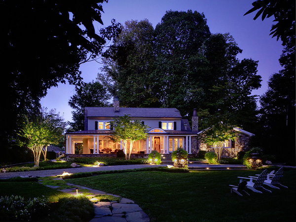 24 Awesome Landscape Lighting Ideas Slodive Pertaining To Landscape  Lighting Design Ideas U003eu003e Source