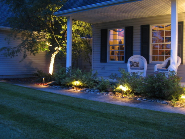 24 Awesome Landscape Lighting Ideas - SloDive on outdoor lamp ideas, yard benches ideas, yard storage ideas, yard sculpture ideas, yard garden, yard design ideas, gazebos ideas, yard flowers ideas, yard irrigation ideas, yard furniture ideas, yard entertainment ideas, yard vacuum systems, yard trees ideas, yard gate ideas, yard landscaping ideas,