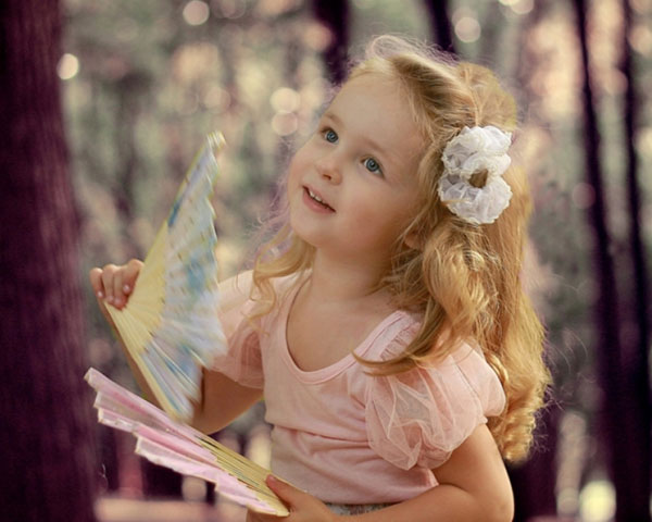Blonde Girl Hairstyle : 32 sweet little girls hairstyles slodive