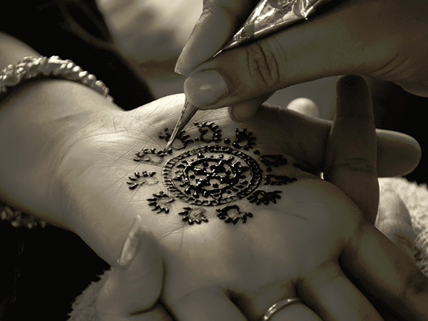 Mehndi Making