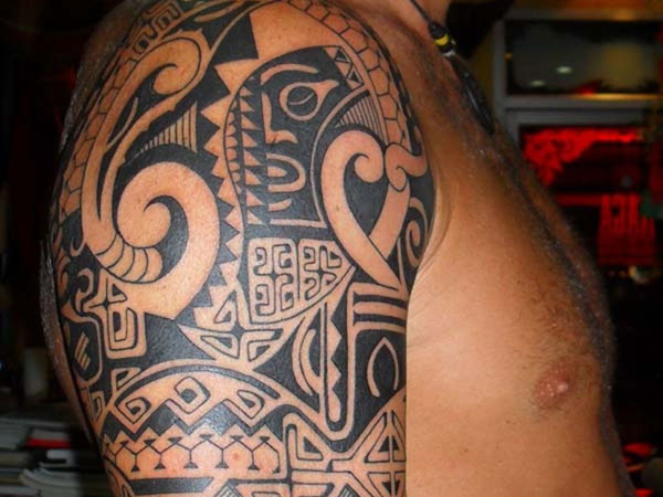 Hawaiian Tribal Animal Tattoo