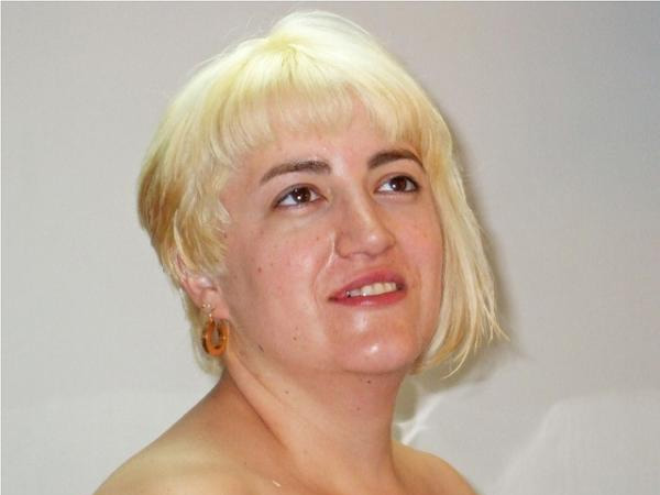 Pleasant 24 Uplifting Short Hairstyles For Fat Women Slodive Hairstyles For Women Draintrainus
