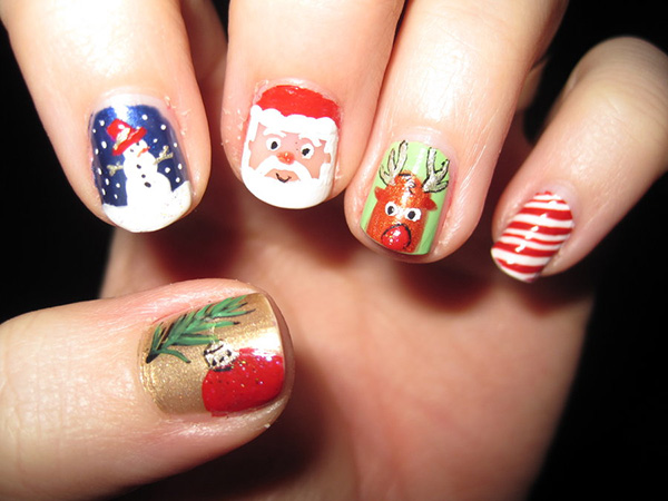 christmas nail art 26 Delicate Short Nail Designs