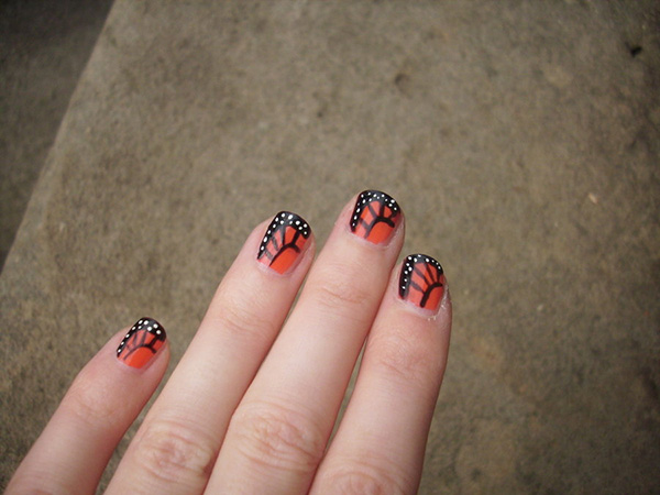 monarch butterfly 26 Delicate Short Nail Designs