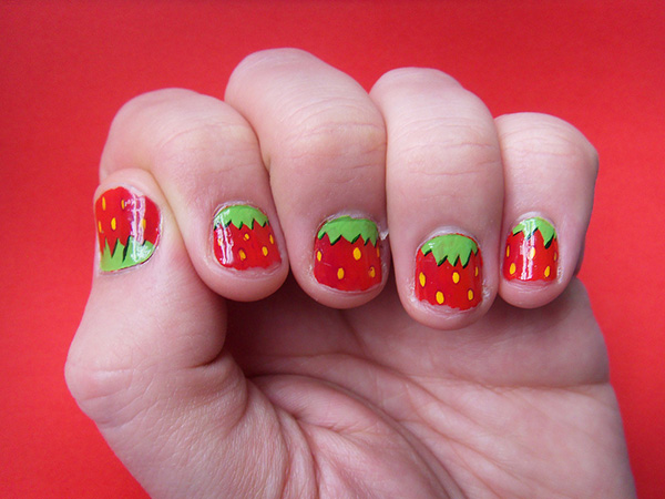 strawberry nails 26 Delicate Short Nail Designs