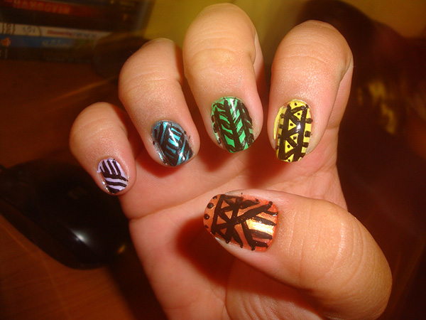 tribal nails 26 Delicate Short Nail Designs