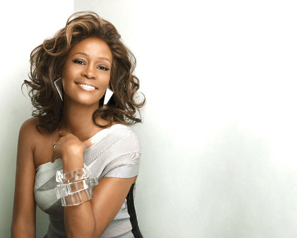 whitney houston 27 Alluring Shoulder Length Layered Hairstyles