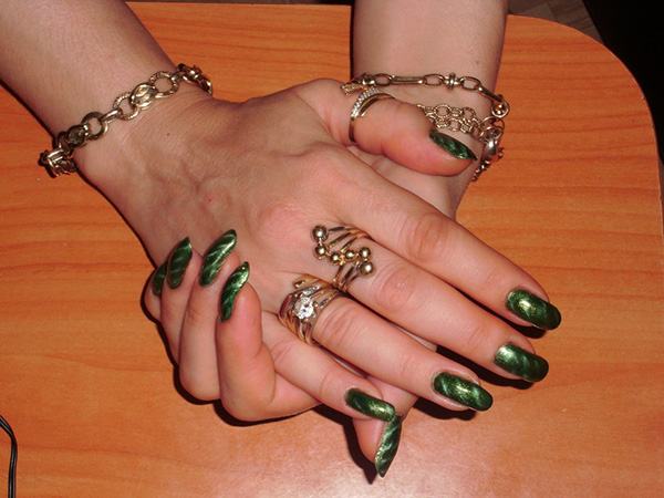 Green Magnet Nail Art
