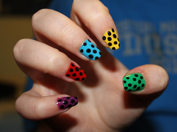 polka dot nail art 29 Enthusiastic Simple Nail Art Ideas