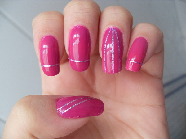 tape mani 29 Enthusiastic Simple Nail Art Ideas