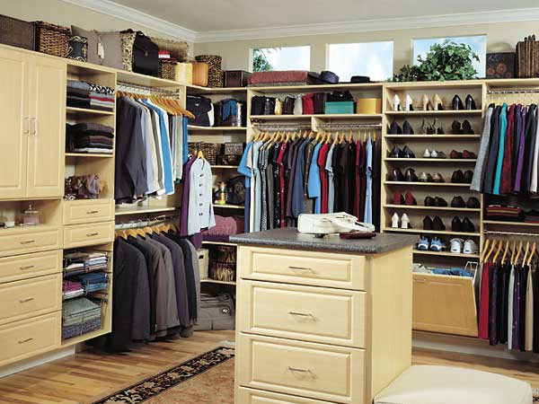 31 Arresting Walk In Closet Ideas   SloDive