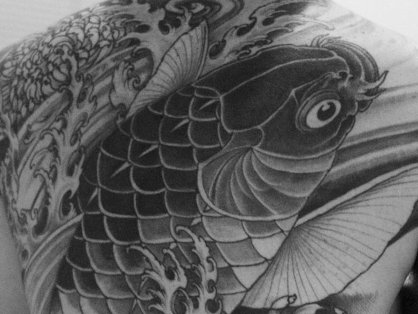 28 Powerful Water Tattoos Slodive