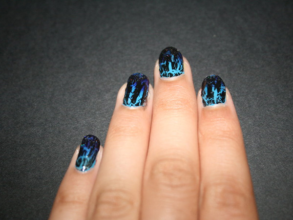 blue gradient zebra nails 27 Tantalizing Zebra Nail Designs