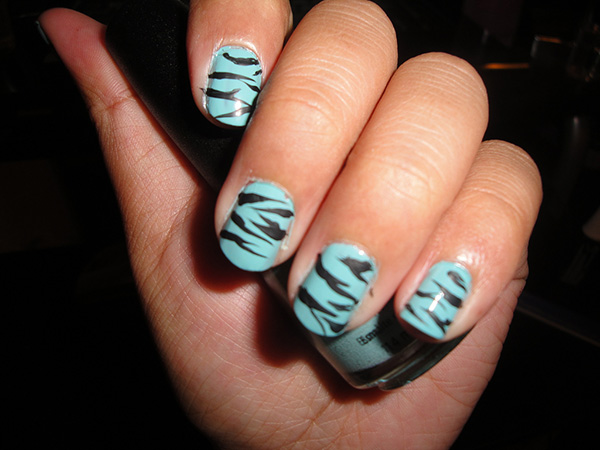 zebra print nails 27 Tantalizing Zebra Nail Designs