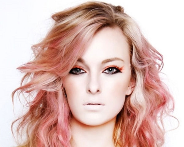 Red Highlights Dream On Blonde Hair