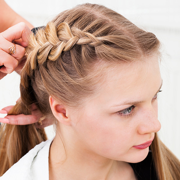 Pleasant 31 Cute Braided Hairstyles Which Look Delicate Hairstyle Inspiration Daily Dogsangcom