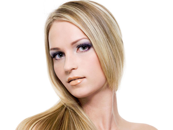 http://slodive.com/wp-content/uploads/2013/04/light-brown-hair-with-blonde-highlights/dimensional-blonde-highlights.jpg