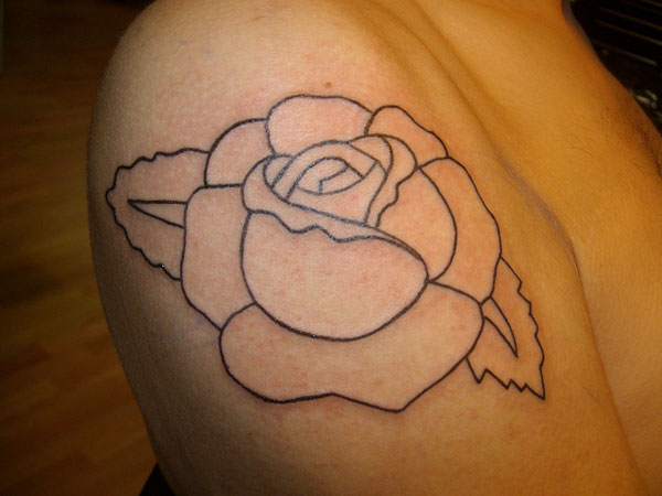 outline 27 Fancy Rose Tattoos For 2013