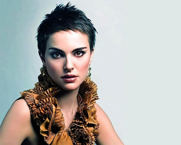 29 Entrancing Short Hair Styles For Thick Hair For 2013