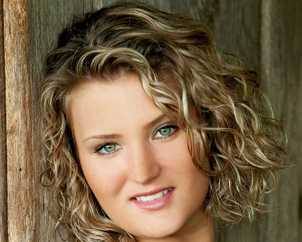 Short Haircuts For Curly Hair moreover Short Hairstyles For Curly Hair ...