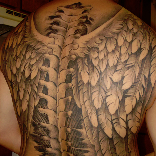 a4d8b2a849205 38 Decorative Wing Tattoo For 2013