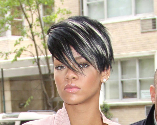 30 sleek black hair with blonde highlights for 2013 hairstyles stylish blonde highlights pmusecretfo Image collections
