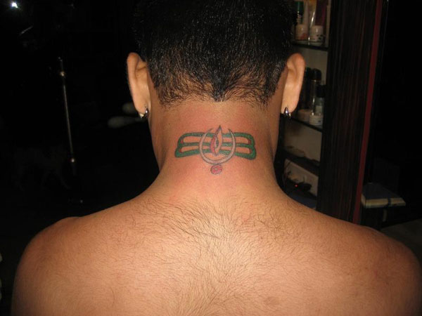5a53e36b3 Neck Tattoos For Men - 26 Tastesful Collections | Design Press