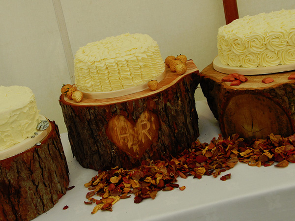 Mouth Watering Wedding Cakes