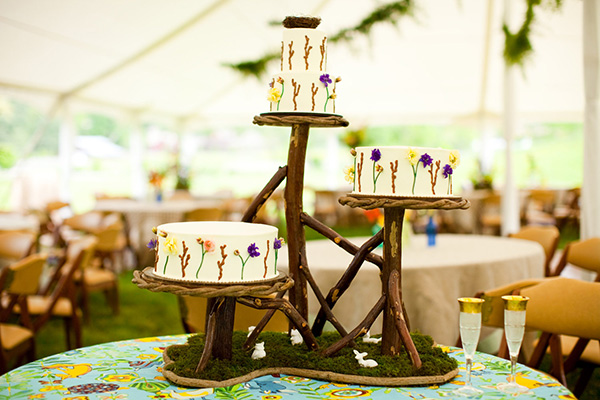 Cool Cake Stand