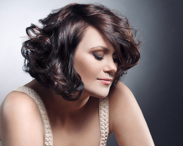 26 sweet short hairstyles for thick wavy hair