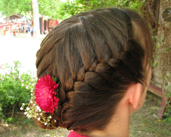 Symmetry Braids Traditional Hairstyle